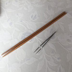 ピンセットや箸